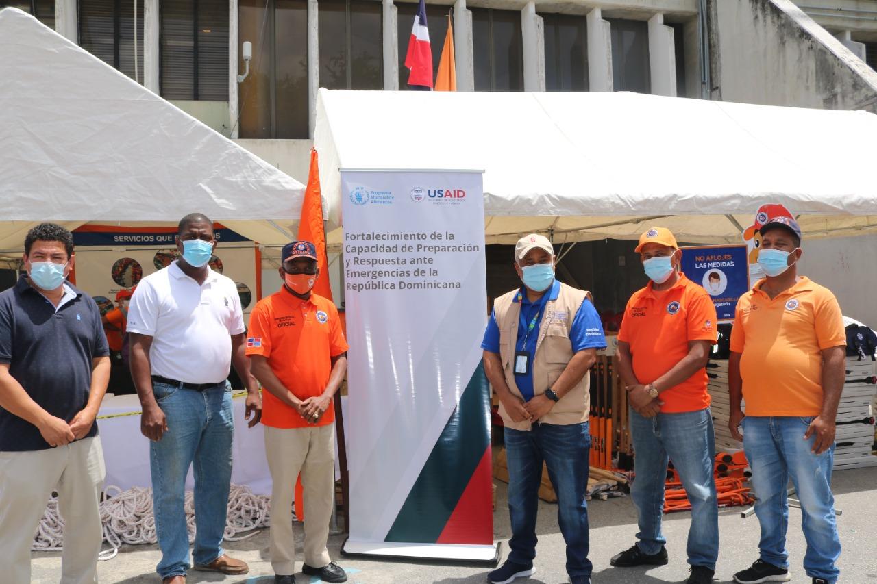 PMA entrega herramientas y equipos de alerta temprana a Defensa Civil en preparación para temporada ciclónica 2021