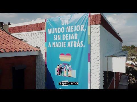 Ministerio de Economía, ONU y comunidad LGBTIQ+ izan la bandera del orgullo